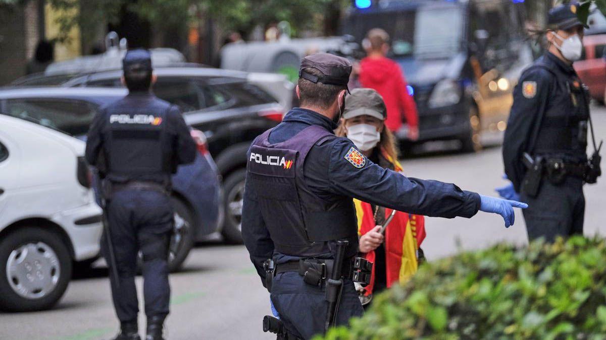 Policia Nacional Coronavirus Madrid mascarilla denuncias Cádiz