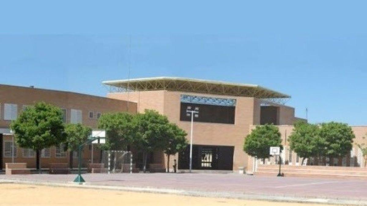 Cerradas cinco aulas de un colegio de Sevilla tras el positivo de dos niños