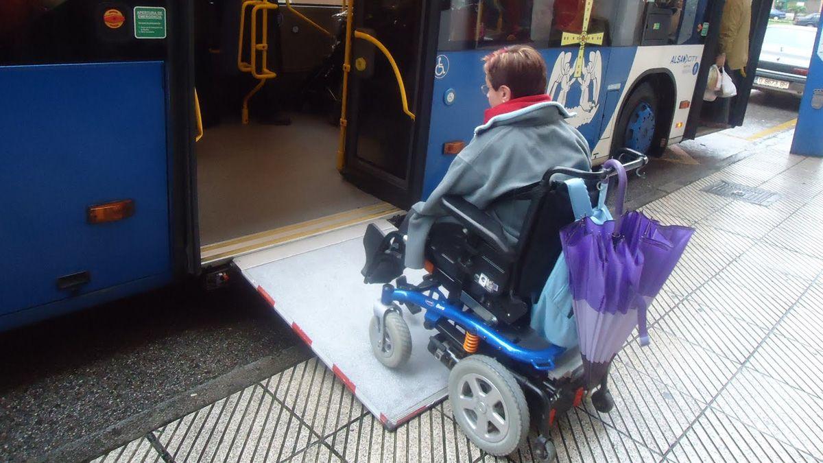 Cs Jerez pide la instalación de rampas de acceso manual en los autobuses