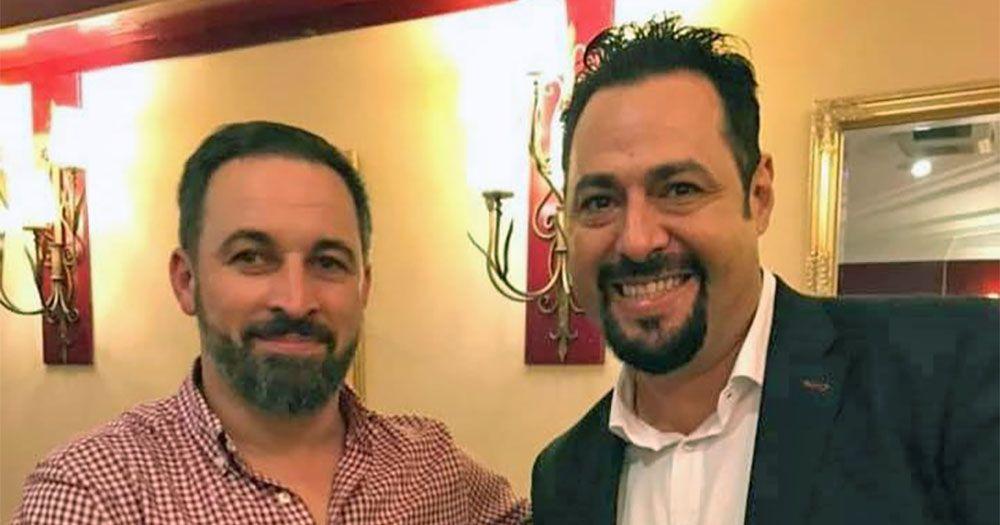 Santiago Abascal y José Manuel Martínez Ayala de Vox Sanlúcar