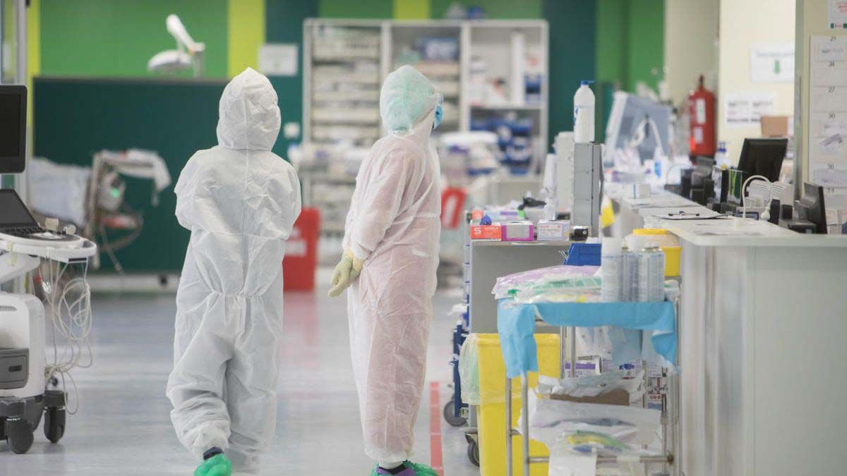 UCI Hospital hospitalización hospitaliz hospitalizados Andalucíaados