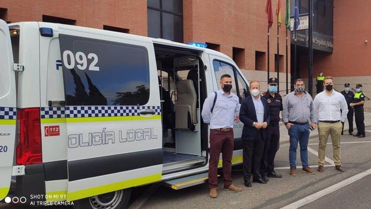 La Policía Local de Córdoba incorpora un vehículo para el servicio de Atestados