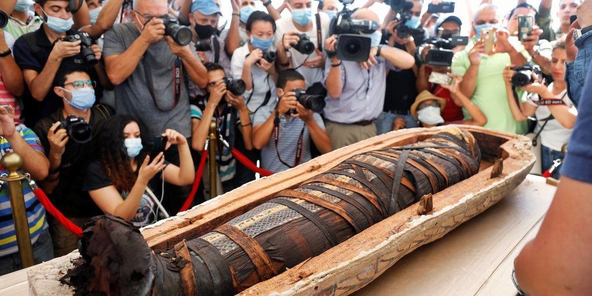 Un gran descubrimiento: 59 sarcófagos con sus momias en Egipto