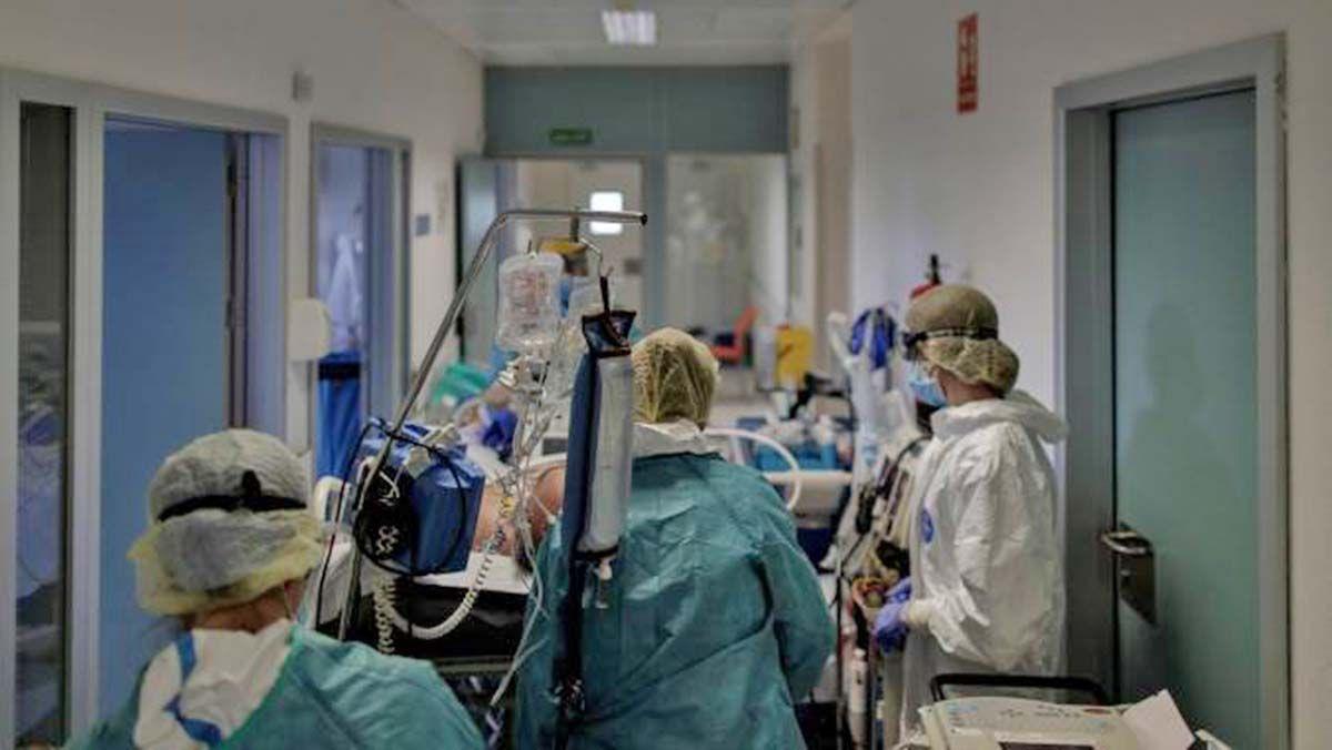 Andalucía hospitalizados Coronavirus ADN UCI muertos jerez
