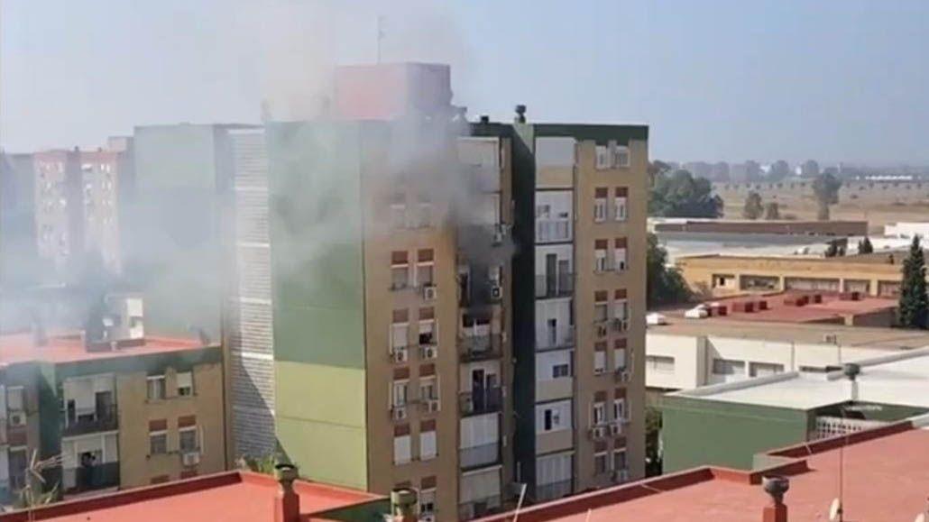 incendio heridos sevilla dos hermanas