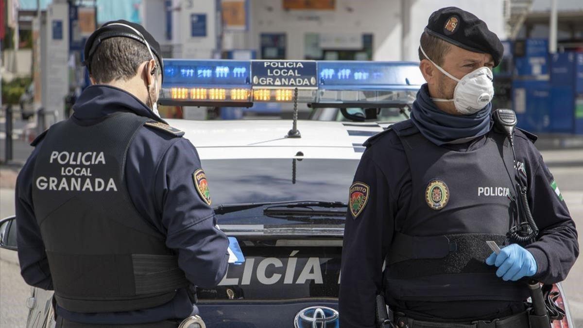 Granada control jóvenes medida Covid pandemia,
