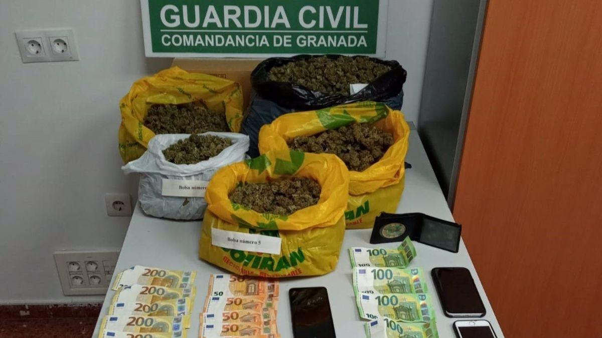 Guardia Civil Almuñécar marihuana