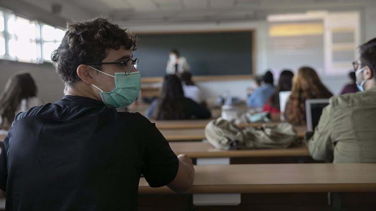 Universidad de Sevilla coronavirus clases presenciales
