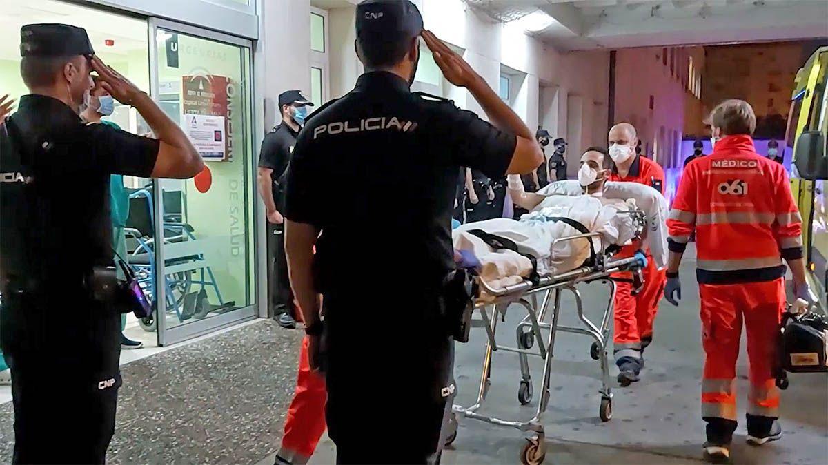 policia embestido por narcos en algeciras en hospital de cadiz