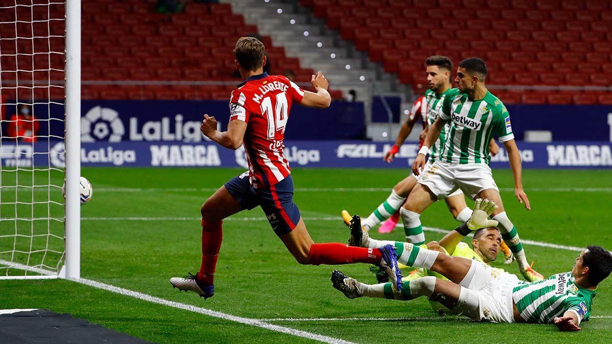 Llorente anotando el 1-0 en el Atlético de Madrid - Real Betis