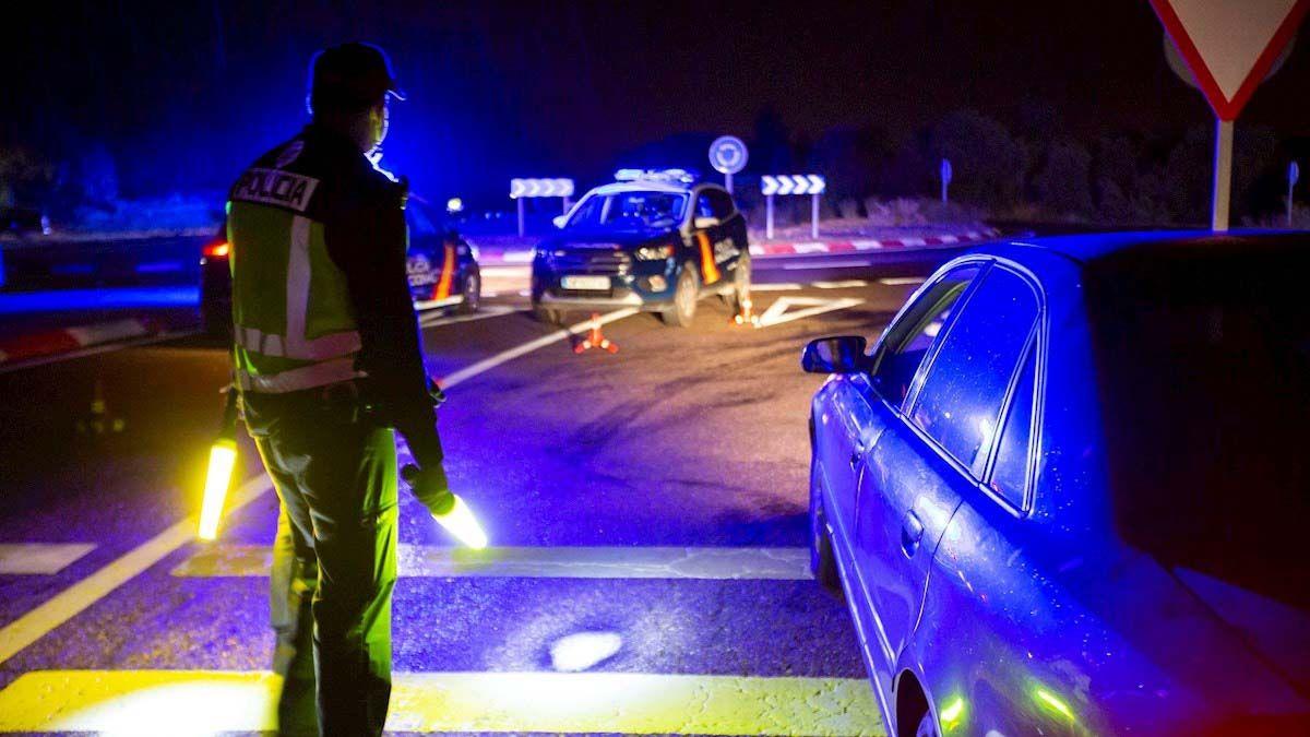 control policial toque de queda Andalucía