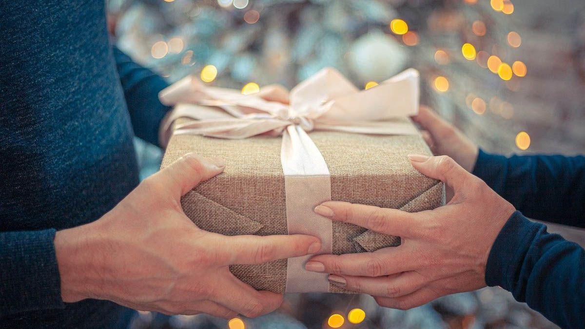 regalo regalos navidad Andalucía Bendodo