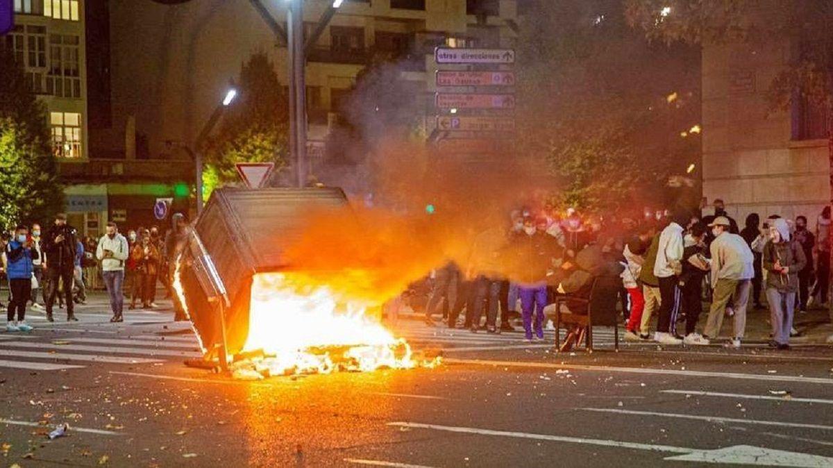 Podemos acusa a Vox de los disturbios