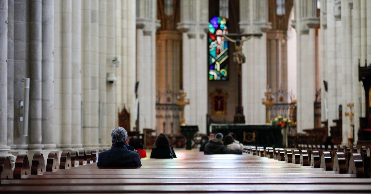 obispado Cádiz restricciones iglesias