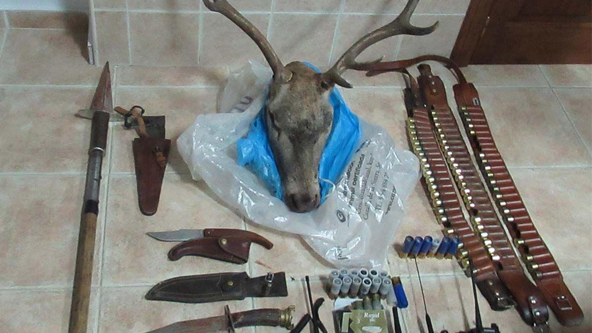 9 cazadores pillados en una montería ilegal