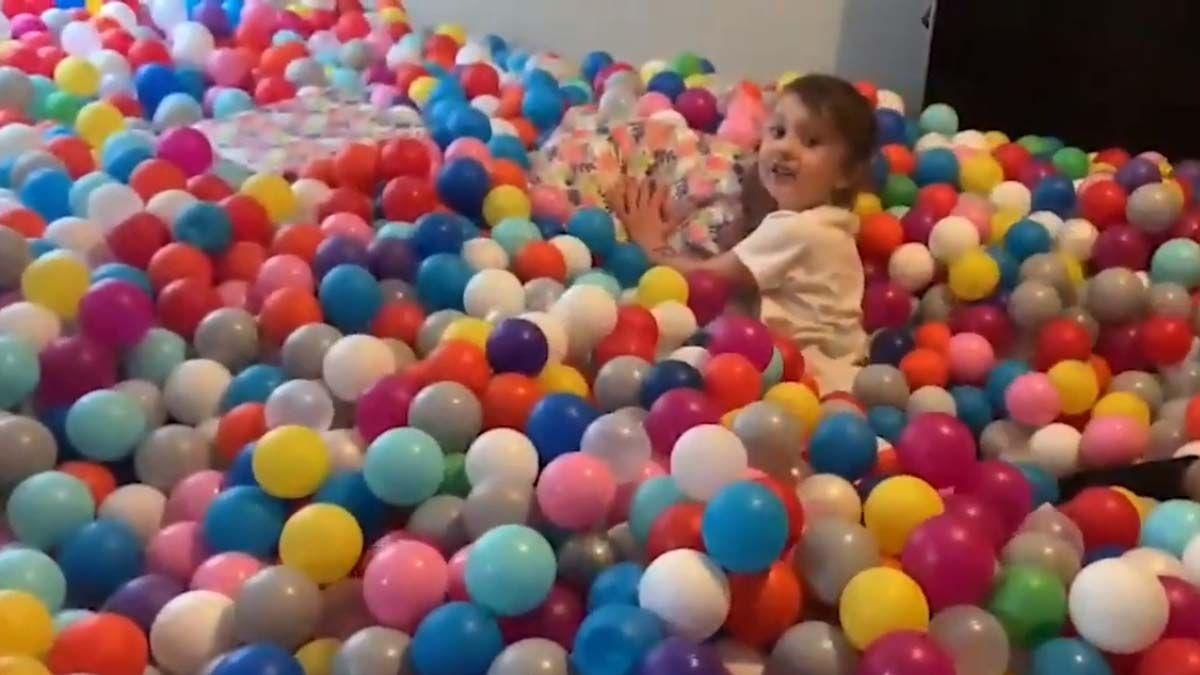 piscina de bolas salita cumpleaños