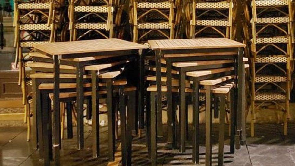 bar pastelería terraza cerrada