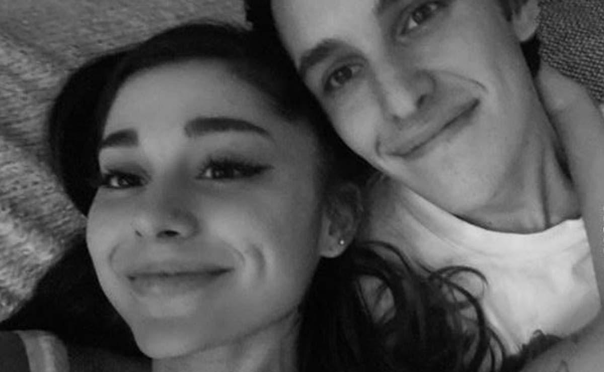 Ariana Grande y su novio Dalton Gomez